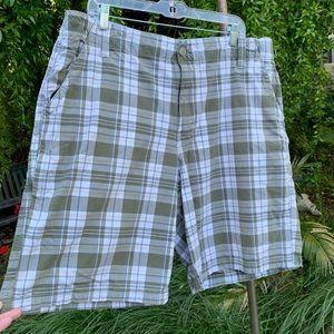 CANYON RIVER BLUES Men's Flat Front Shorts Sz 40